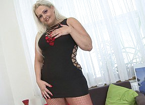 Chubby blonde housewife playing with herself