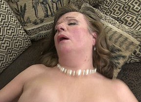 Horny mature lady does her toyboy
