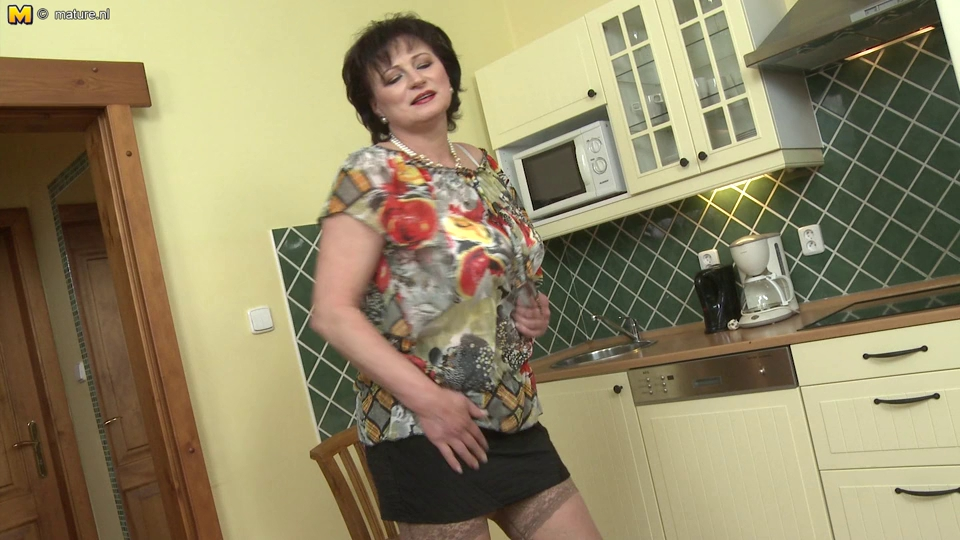 Blk mature love life discover
