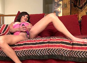 Crazy Yankee mature vamp getting raw and ultrakinky