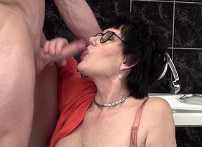 Naughty mature little one catching a catamite surrounding wend